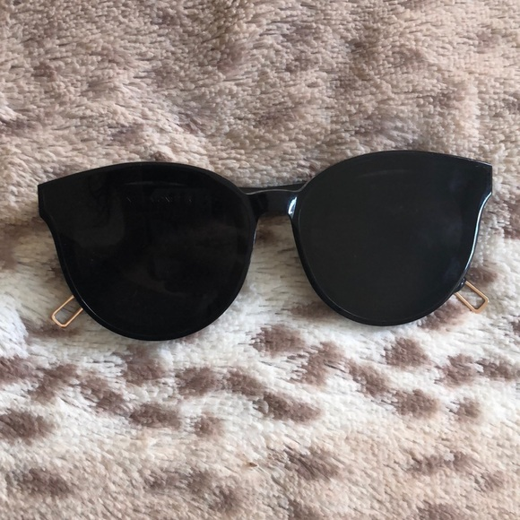 a0a86cd401ae gentle monster Accessories - GENTLE MONSTER BLACK PETER SUNGLASSES